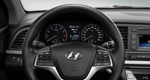 elantra-gallery-front-view-cluster-steering-wheel-original
