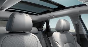 i30-pd-5dr-gallery-gray-interior-sunroof-opened-clear-day-pc